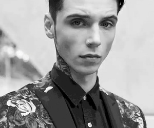 andy biersack, black and white, and black veil brides image