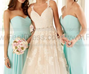 wedding dresses, wedding gowns, and bridal gowns image