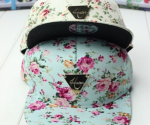 haters, gorras, and planas image