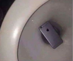 iphone, my, and toilet image