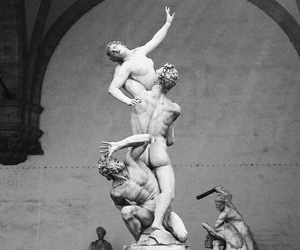 blackwhite and sculpture image