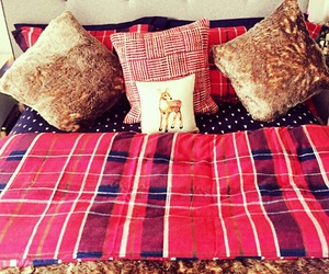 christmas, bedroom, and decoration image