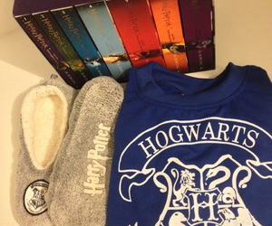 books, harrypotter, and hogwarts image