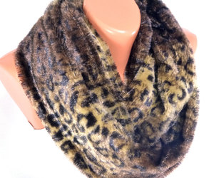autumn, women, and leopard scarf image