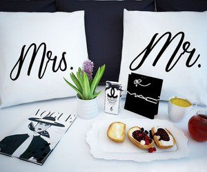 love, bed, and breakfast image