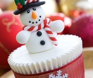 christmas, snowman, and cupcake image