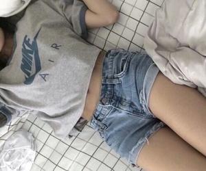 nike, girl, and grunge image