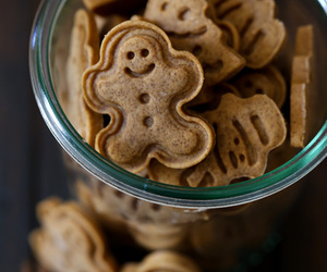 christmas, ginger, and Cookies image