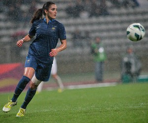 france and louisa nécib image