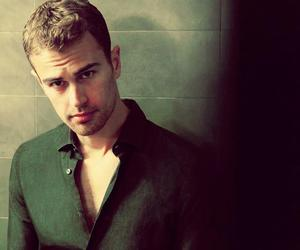 theo james, divergent, and theo image