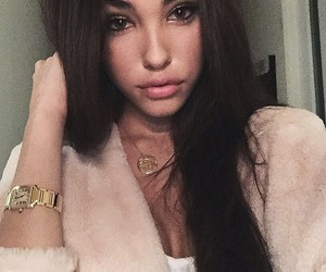 madison beer, lips, and model image