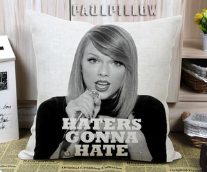 pillow case, Taylor Swift, and pillow cover image