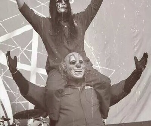 slipknot, joeyjordison, and shawncrahan image