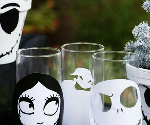 Halloween, the nightmare before christmas, and verre image