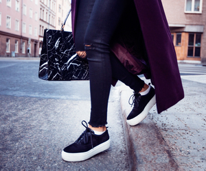 Balenciaga, fashion, and blogger image
