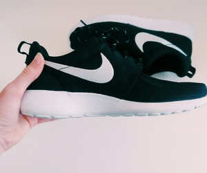 nike, tumblr, and roshe run image