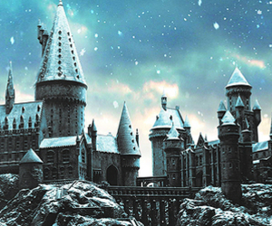hogwarts, harry potter, and snow image