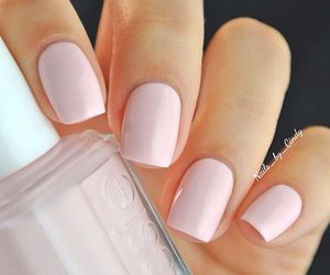 essie and nails image