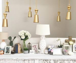 decor, living, and stylish image