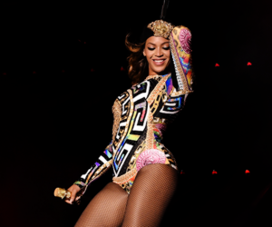diva, flawless, and on the run tour image