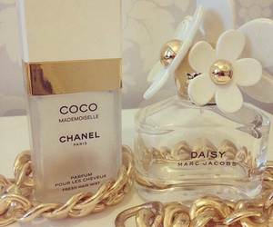 chanel, marc jacobs, and daisy image
