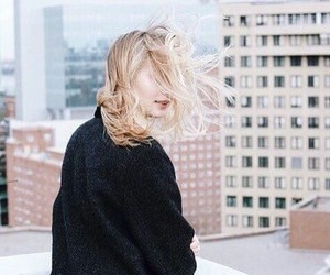 city and hairstyle image