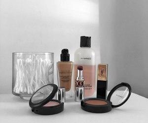 girl, mac, and cosmetics image