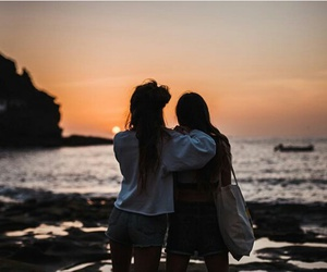 atardecer, beach, and best friends image