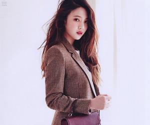 brown hair, fashion, and k-pop image