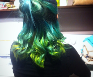 blue hair, girl, and green hair image
