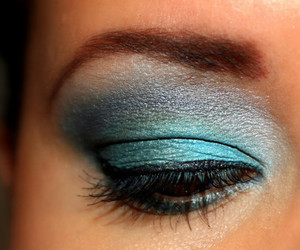 make up, pretty, and blue cute image