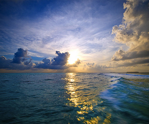 sea, photography, and sky image