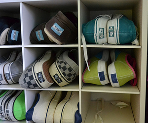 shoes, toms, and vans image
