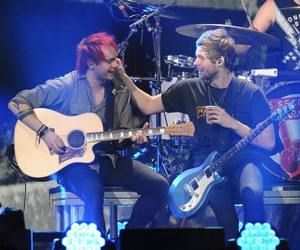 5sos, muke, and luke hemmings image