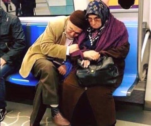 love, couple, and حُبْ image