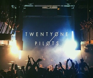 twenty one pilots, concert, and music image