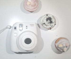 coconut, cupcake, and cupcakes image