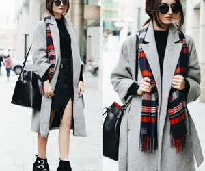 shoes and manteau image
