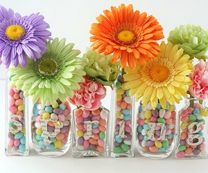 flowers, spring, and centerprices image
