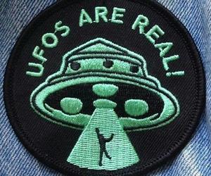 ufo, grunge, and green image