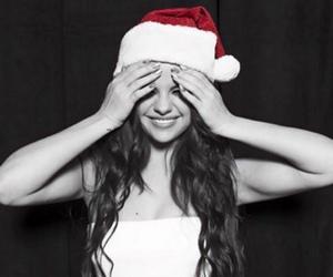 selena gomez, christmas, and girl image