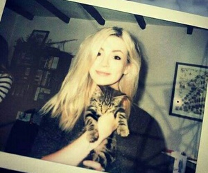gemma styles and cat image