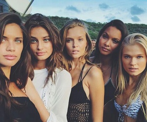 model, taylor hill, and sara sampaio image