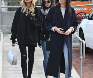 kendall jenner, hailey baldwin, and model image