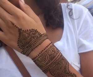 arab, henna, and lové image