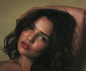 danielle campbell and hair image