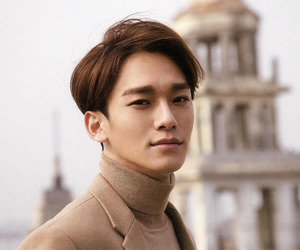 brown hair, fashion, and Chen image