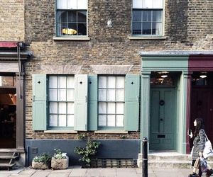london and street image