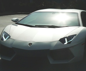 car and lux image