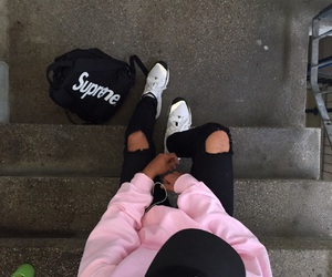 pink, style, and supreme image